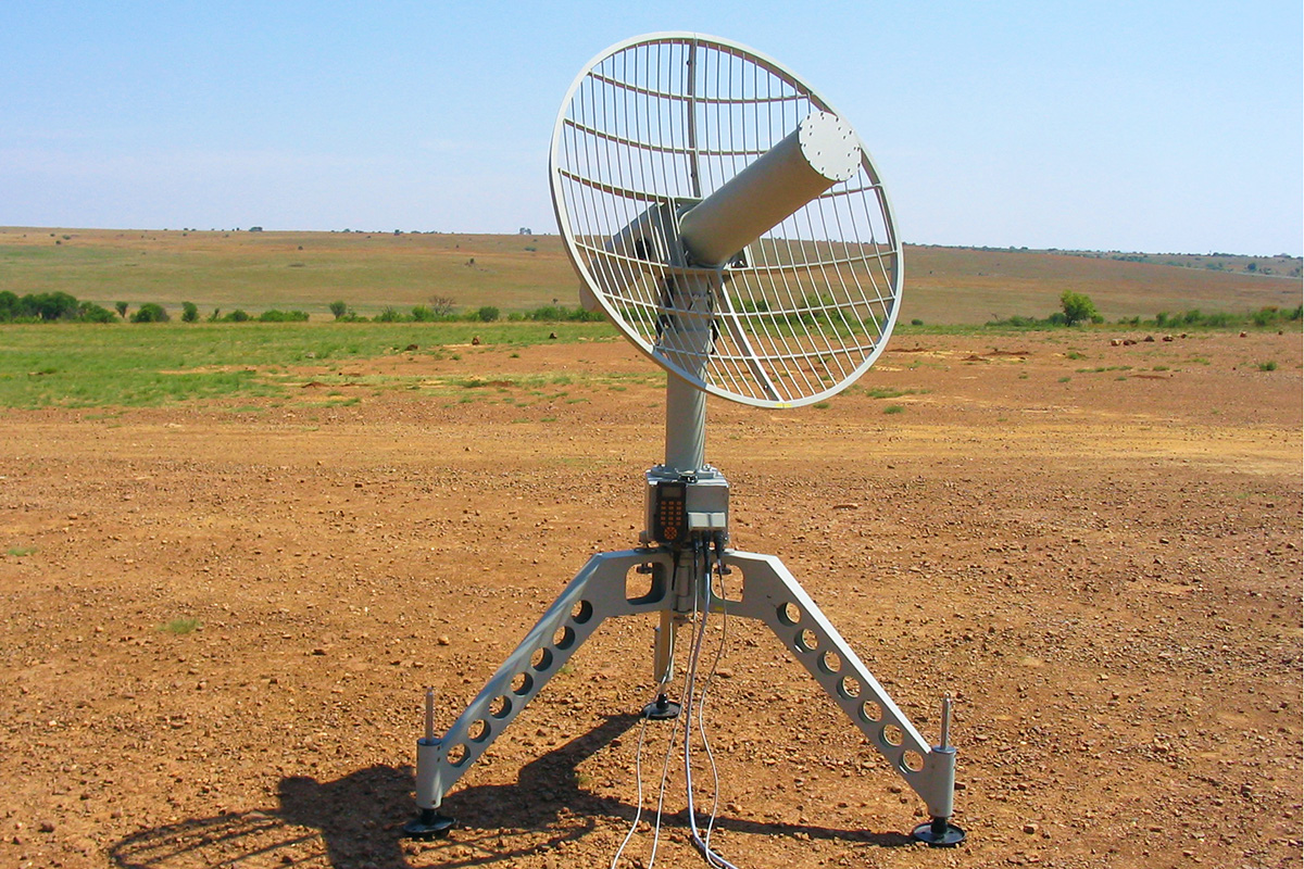 iMet-1600 Tracking Antenna / Receiver
